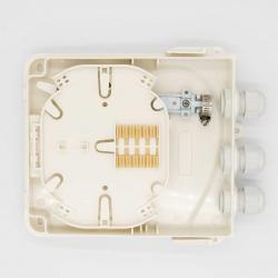 Stenna-optichna-kutiq-za-4-SC-simpleksni-adaptera-vlagozashtitena-IP65