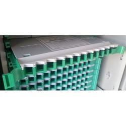 Splajs-kaseta-12-vlakna-za-ODF-shkaf